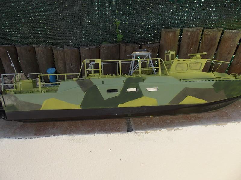 Combat Boat CB 90 Tiger Model 1/35 figurines scratch - Page 2 30663925738_e4d154610c_c