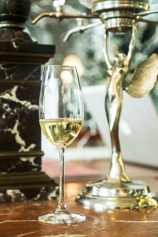 Брызги шампанского. О Франции, виноделах и винном пейринге.