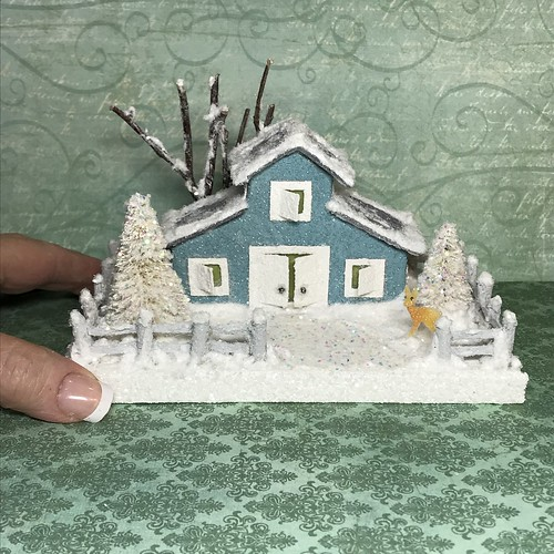 Mini teal barn with deer