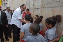 Prefeito visita as obras de urbanização em execução pelo programa Vila Viva Santa Lúcia na Via do Bicão, Aglomerado Santa Lúcia
