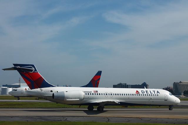 Delta N990AT: Boeing 717-200
