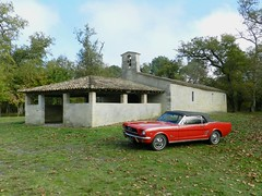 Ford Mustang - Photo of Salaunes