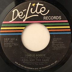 KOOL AND THE GANG:JUNGLE BOOGIE(LABEL SIDE-A)