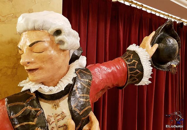 Visitamos en Teatro Principal de Vitoria y la destileria Basmoon (1)
