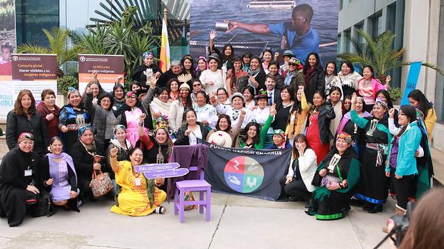 """Iniciativa """"Silla violeta"""" Mujeres Indígenas"""