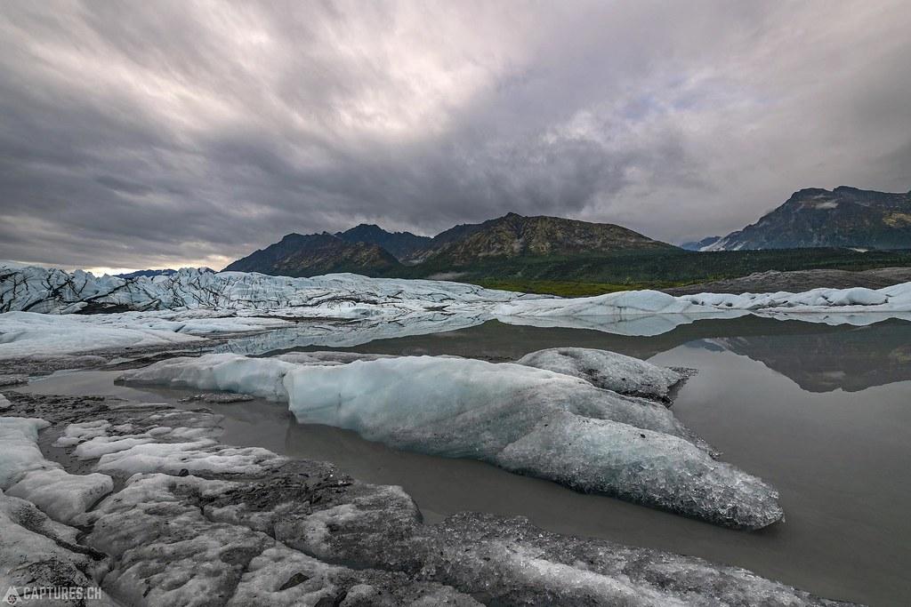 Glacier lake - Alaska