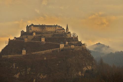 Il castello nelle nuvole / The castle in the clouds (Hochosterwitz Castle, Carinthia, Austria)