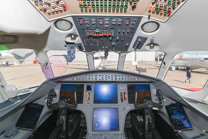DassaultFalcon_900LX_F-HDOR_DassaultFalcon_013_D801779