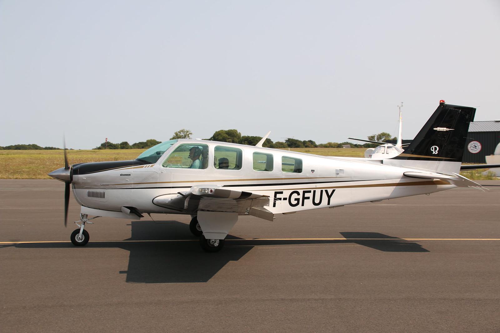 Aérodrome de La Baule Escoublac - Page 4 29180467177_cf54edb1fa_h