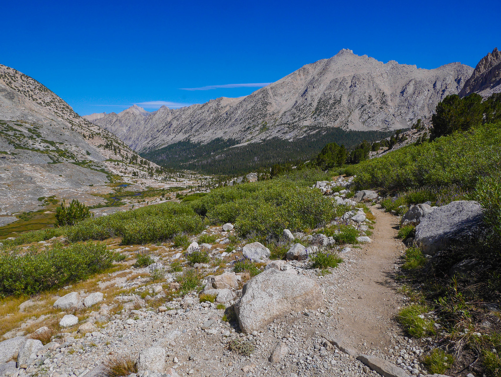 Heading down into Vidette Canyon