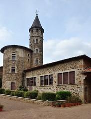 Pomeys (Rhône) - Photo of Saint-Médard-en-Forez