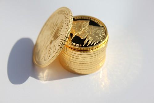gold-coin-1061726_1920