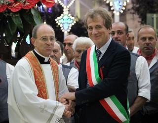 Il dott. Cantadori con l'Arciprete don Giovanni