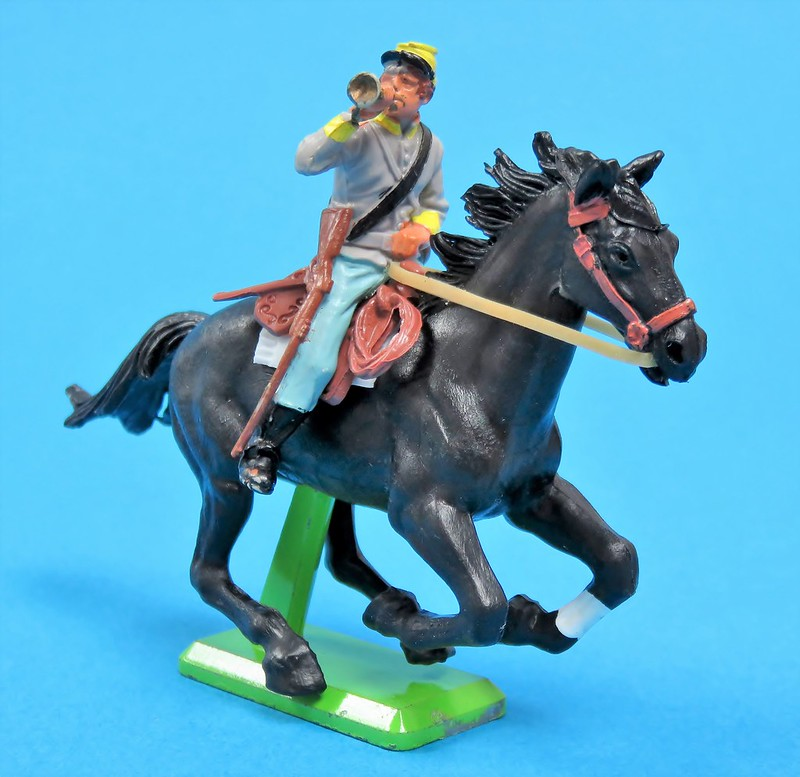 Toy soldiers, cowboys, indians, space men etc - Page 3 43424925655_78472b0969_c
