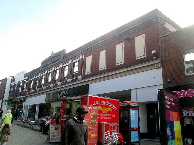 Marks and Spencer, Rochdale