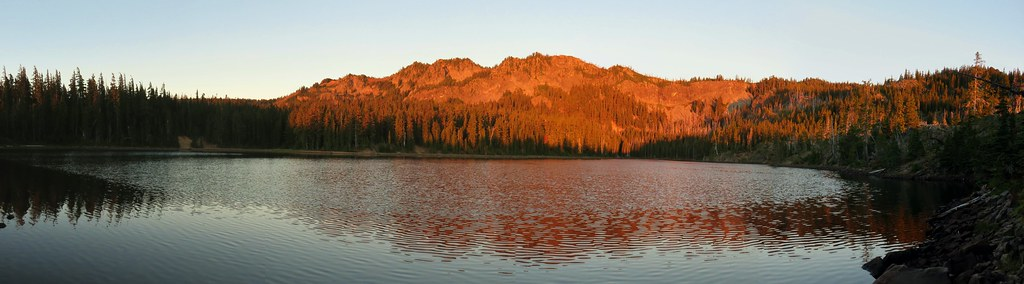 Carl Lake at sunrise