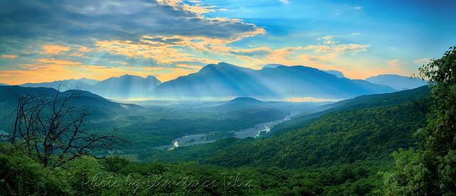 Κοιλάδα Αώου Aoos river valley panorama