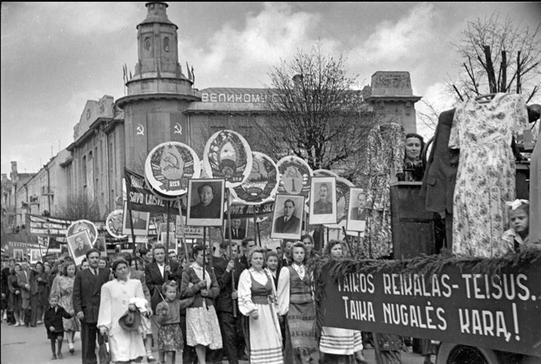 1952. Первомайская демонстрация в Вильнюсе
