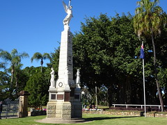 Maryborough. The War Memorial at the entrance to Queens Park.