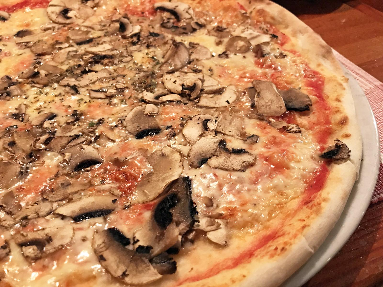 Pizzeria Gust