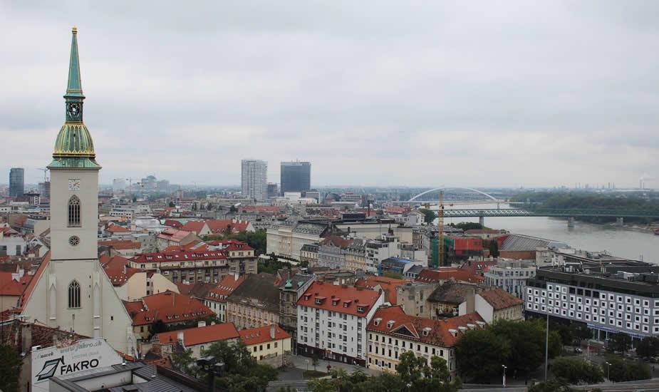 Architectuur in Bratislava: Sint Martins kathedraal   Mooistestedentrips.nl