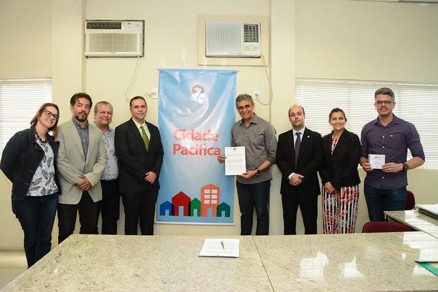 Igarassu assina termo para adesão ao Cidade Pacífica