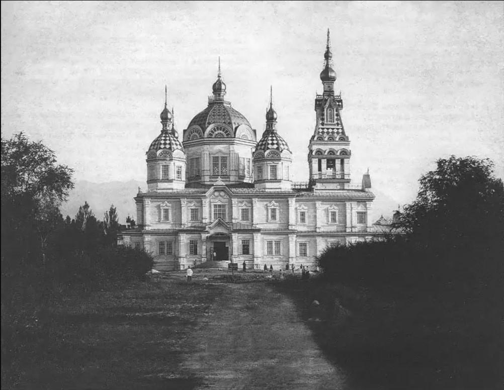 Кафедральный собор. Северный фасад. 1907