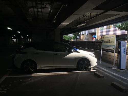 大阪 江坂駅近くを(ほぼ)フル充電で出発
