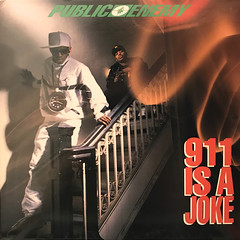 PUBLIC ENEMY:911 IS A JOKE(JACKET A)