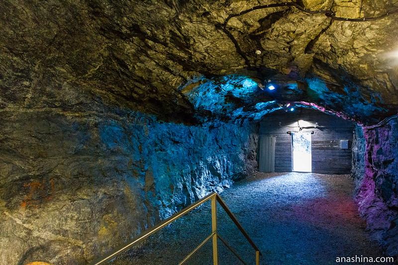 Галерея в скале, Хуухканмяки, Гора Филина, Лахденпохья