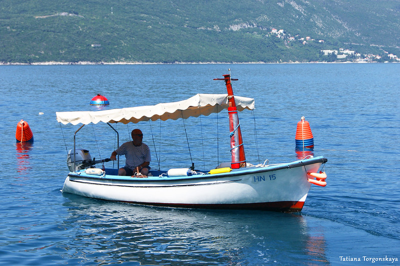Морское такси у берегов Росе