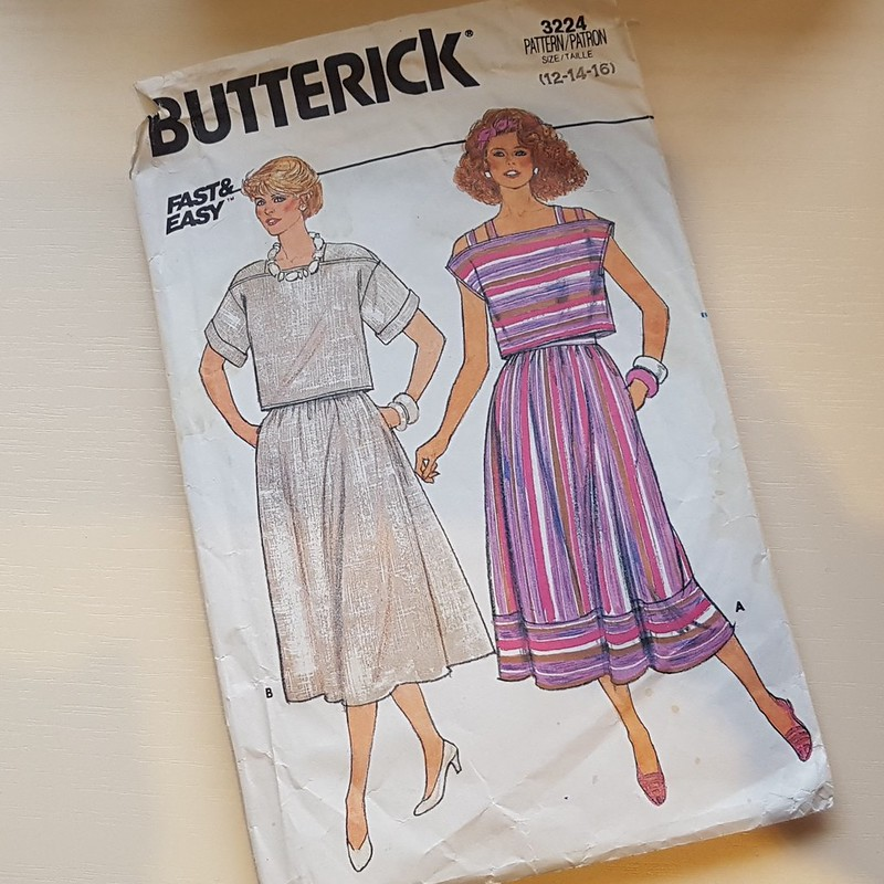 Vintage Butterick 3224 from 1985 in linen