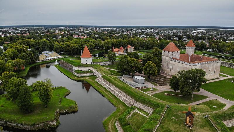 Bishop's castle at 50m