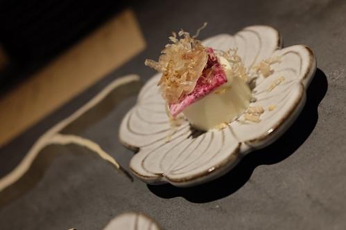 八寸「目黒川と桜」パンナコッタ豆腐