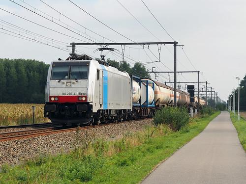 Railpool 186 256