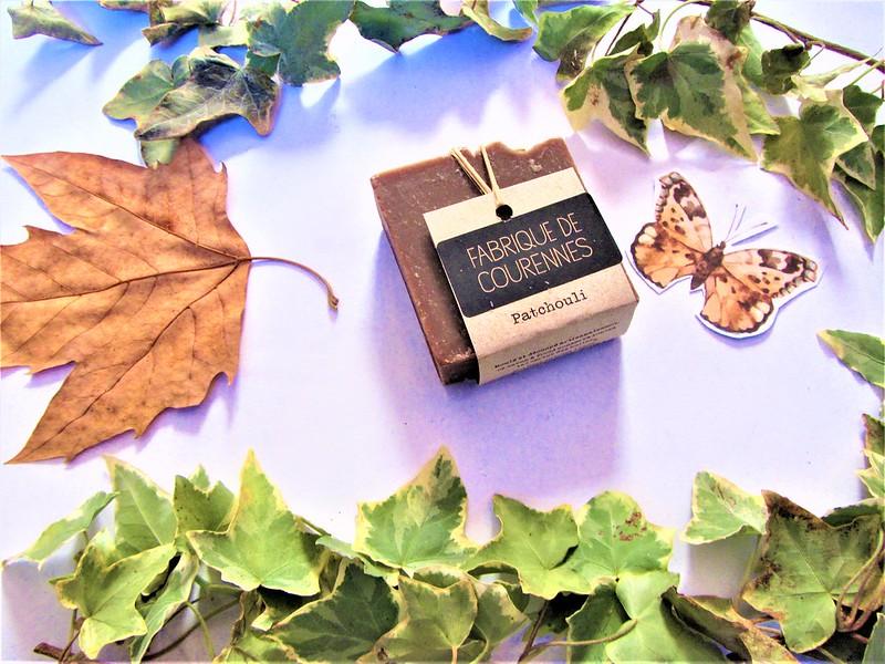 fabrique-de-courenne-savon-patchouli-fait-main-thecityandbeauty.wordpress.com-blog-beaute-femme-IMG_1295 (3)