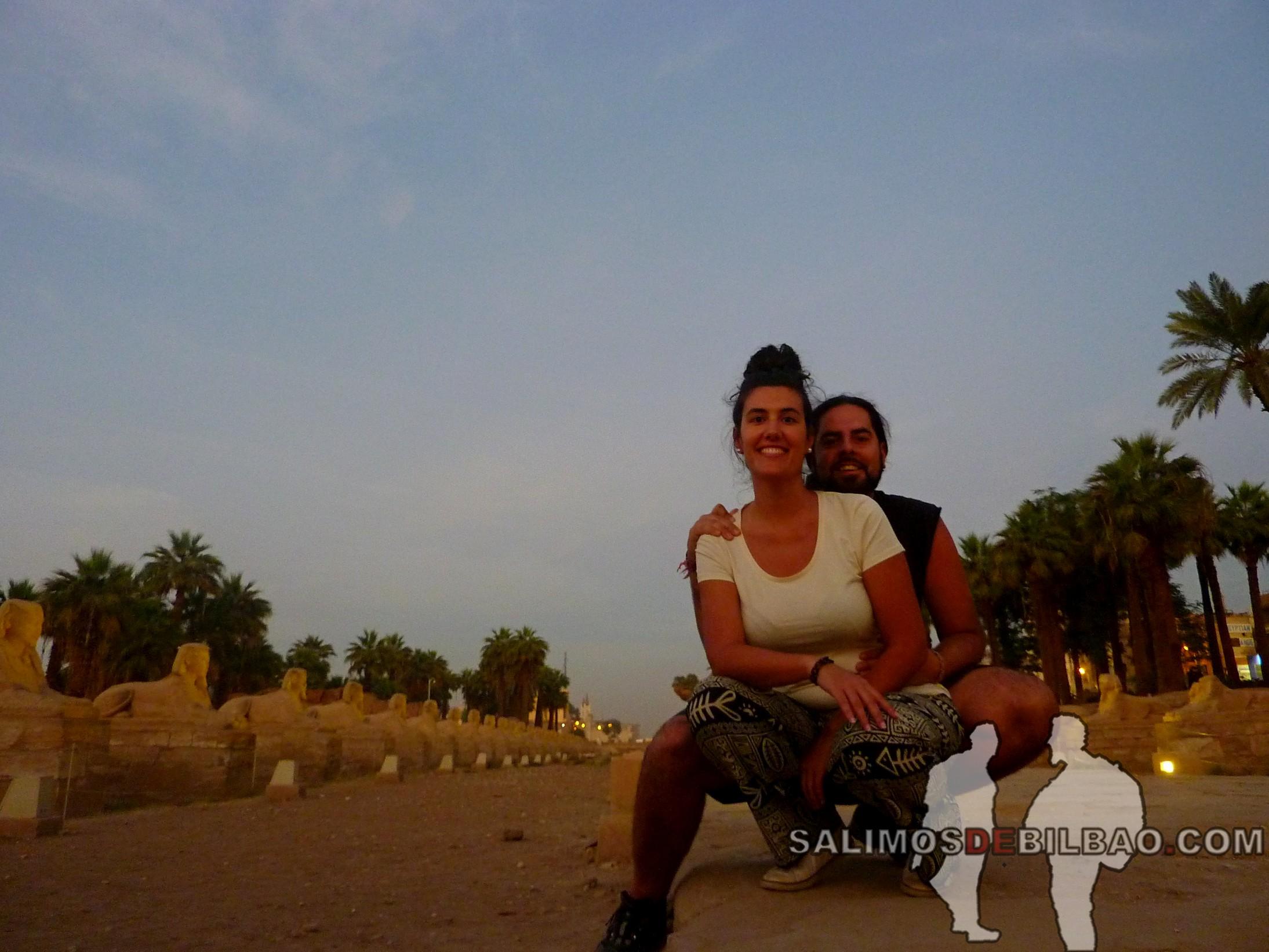 0746. Katz y Saioa, Templo de Luxor