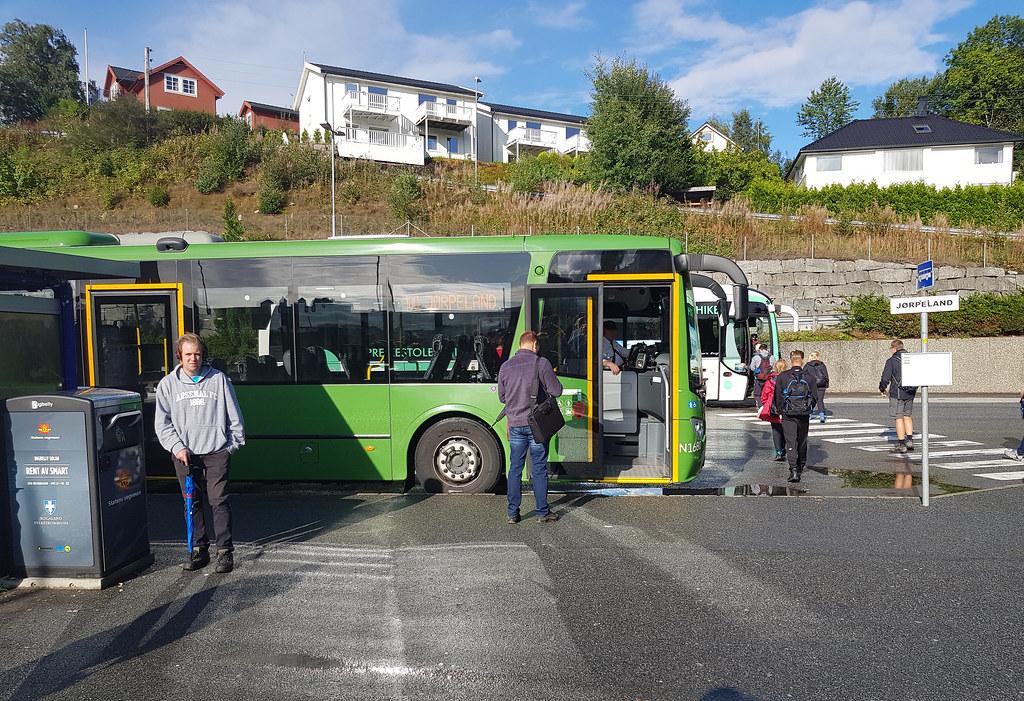 Przystanek autobusu z Tau do Preikestolen