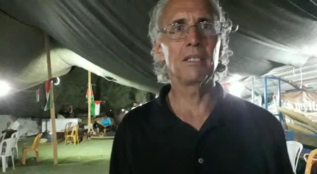 Frank Romano, attivista internazionale nel villaggio di Khan al-Ahmar, Palestina