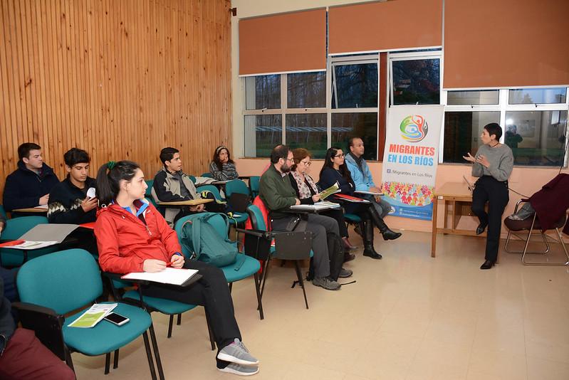 """Escuela para Migrantes """"Educación para el ejercicio de derechos y de responsabilidades"""""""