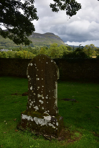 Grave in Drumcliff churchyard
