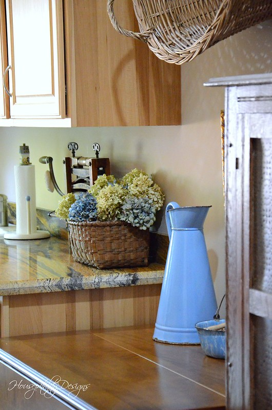 Laundry Room-Housepitality Designs-13
