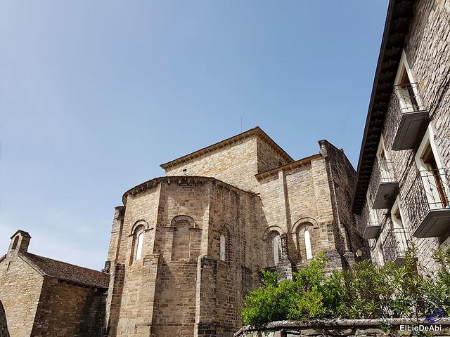 Monasterio de San Pedro de Siresa, un joya en el valle de Hecho (16)