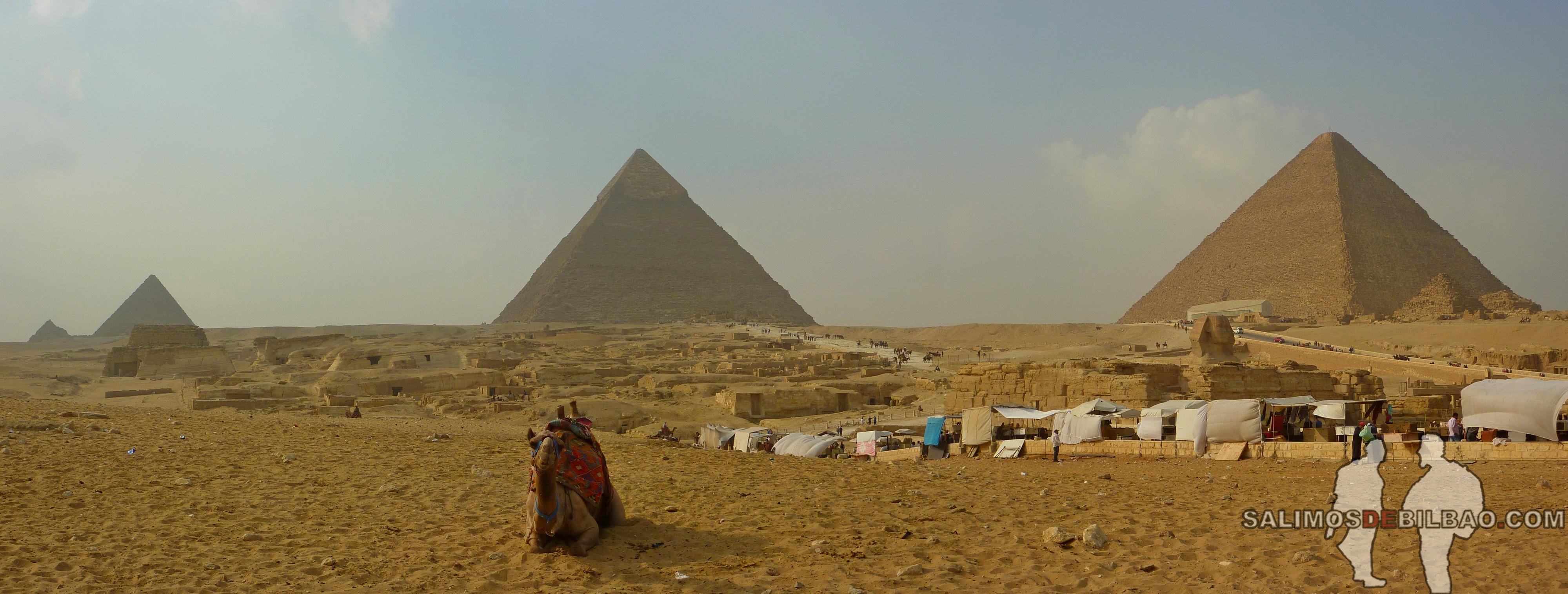 0200. Pirámides de Giza y Esfinge