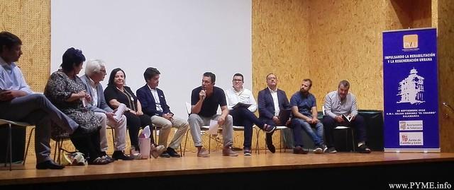 """Intervinientes sobre 'Impulsando la rehabilitación y la regeneración urbana"""" organizada por el Patronato Municipal de la Vivienda"""