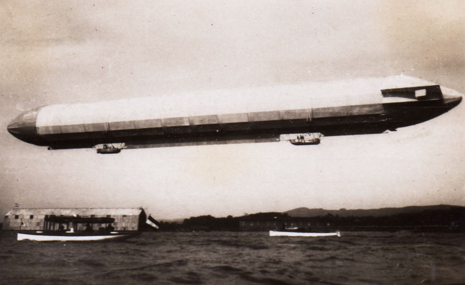 The Zeppelin LZ 3 in flight following lengthening.
