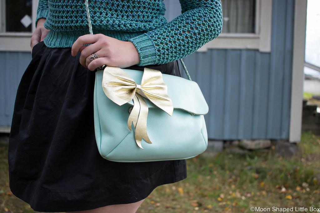 Cobblerina laukku, Cobblerinan laukut, mintunvärinen laukku, nahkalaukku, kotimainen, rusettilaukku