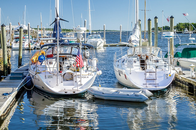 White Boats on the, Canon EOS 7D, Canon EF-S 18-200mm f/3.5-5.6 IS