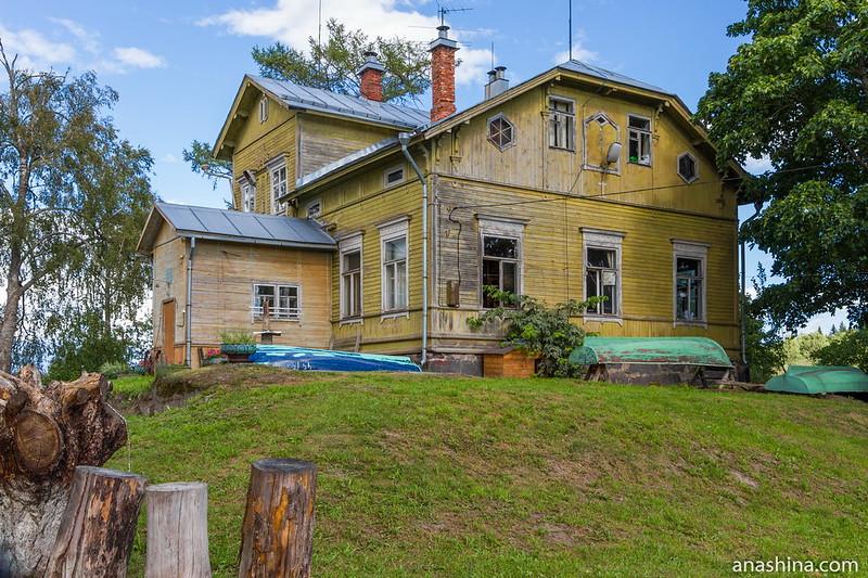 Главный дом усадьбы Пукинниеми, Берёзово