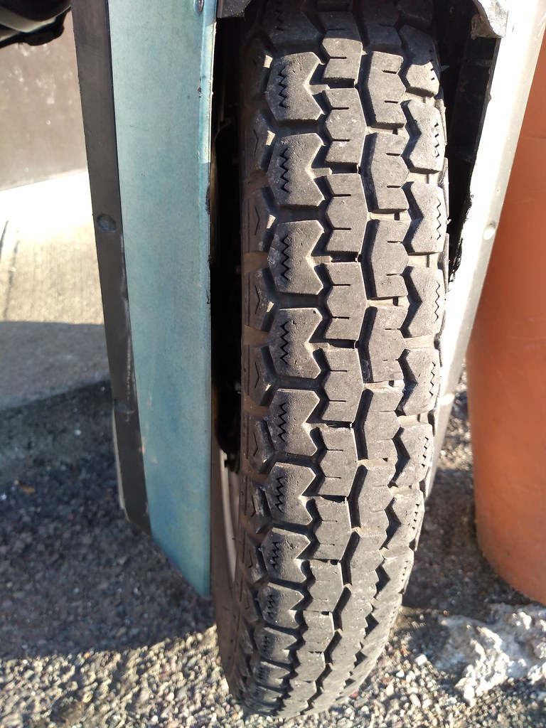 Gotway Monster 22 inch tire at 7887 (app Km)